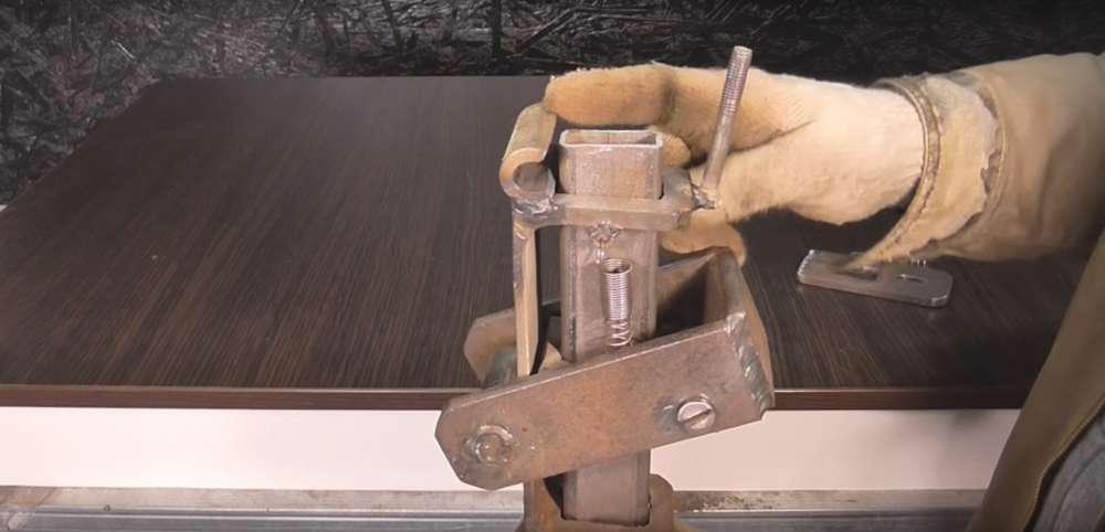 процесс изготовления реечного домкрата шаг 31