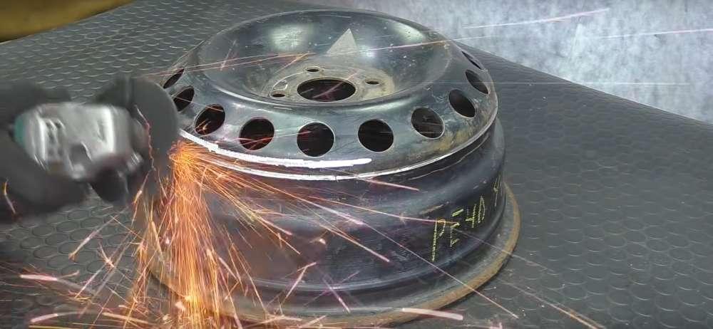 процесс изготовления мангала из автомобильного диска шаг 6