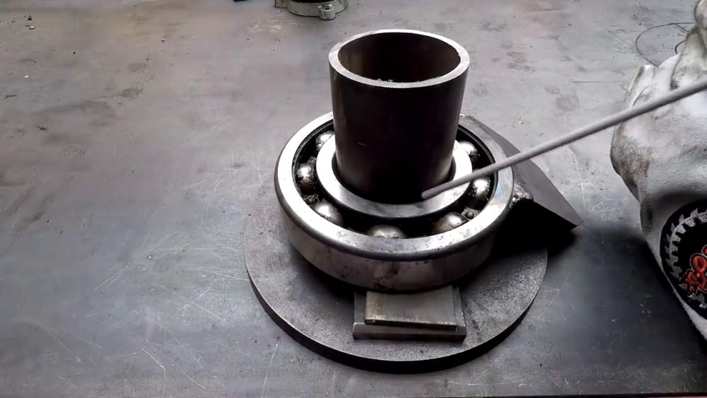 процесс изготовления самодельного станка для гибки металла шаг 11