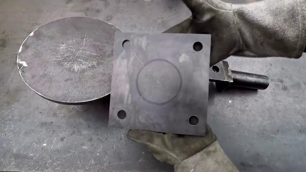процесс изготовления самодельного станка для гибки металла шаг 16