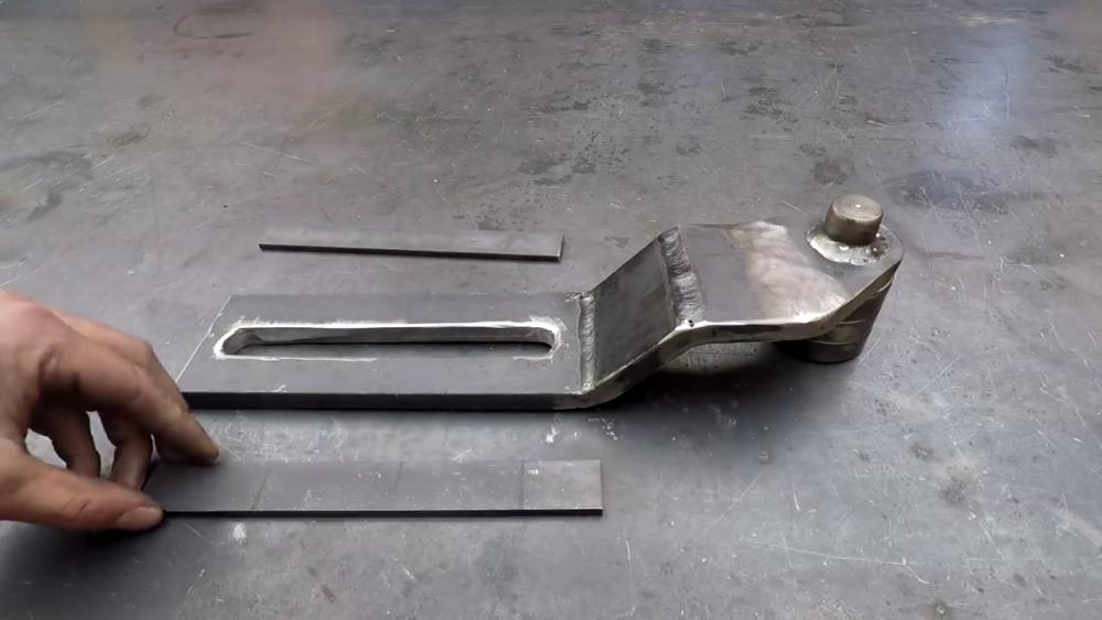 процесс изготовления самодельного станка для гибки металла шаг 24