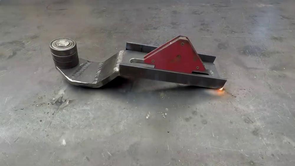 процесс изготовления самодельного станка для гибки металла шаг 25