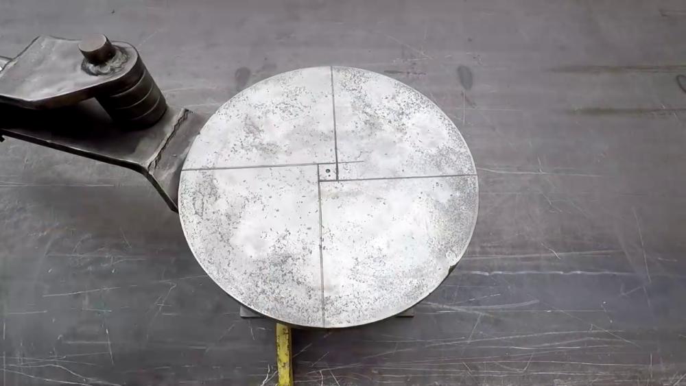 процесс изготовления самодельного станка для гибки металла шаг 28