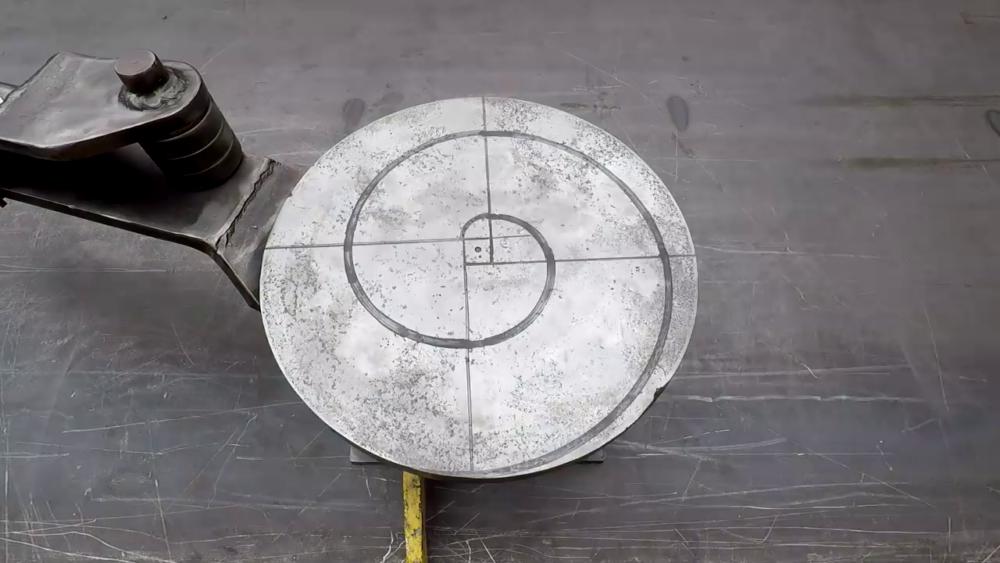 процесс изготовления самодельного станка для гибки металла шаг 29