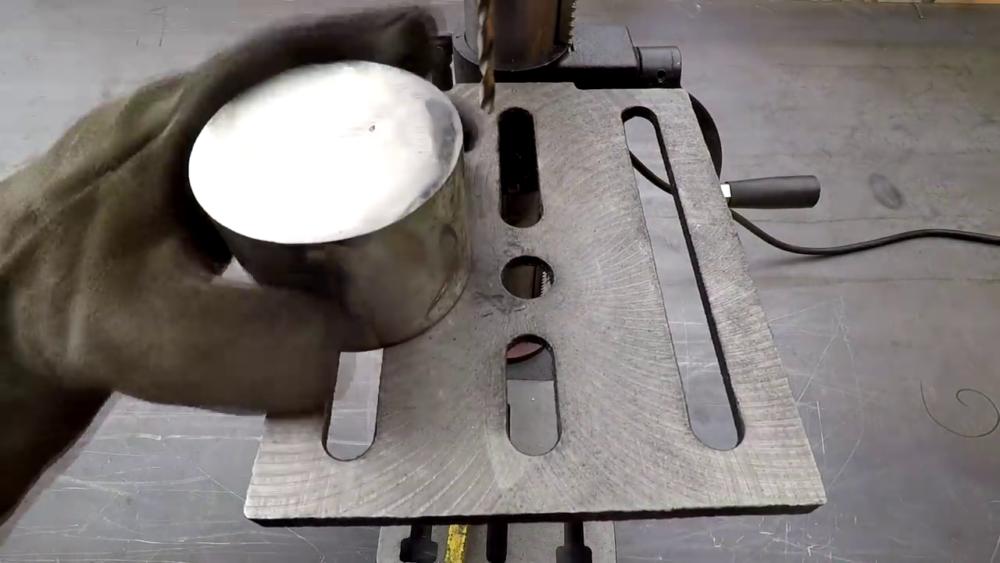 процесс изготовления самодельного станка для гибки металла шаг 33