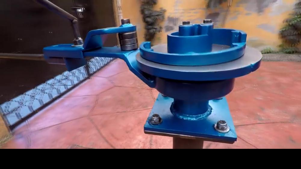 готовый станок для гибки металла сделанный своими руками