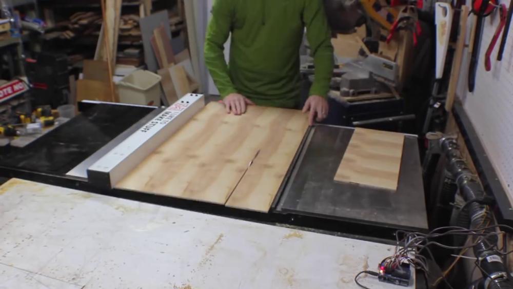 процесс изготовления потайного дверь-шкафа из фанеры шаг 15