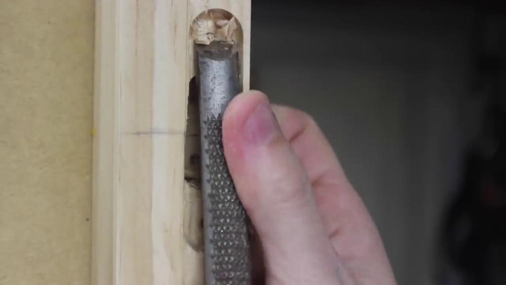 процесс изготовления потайного дверь-шкафа из фанеры шаг 22