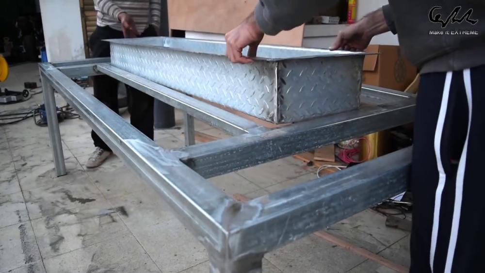 процесс изготовления стол с барбекю шаг 23