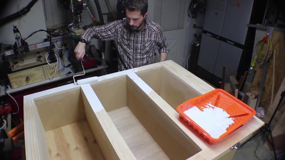 процесс изготовления потайного дверь-шкафа из фанеры шаг 26