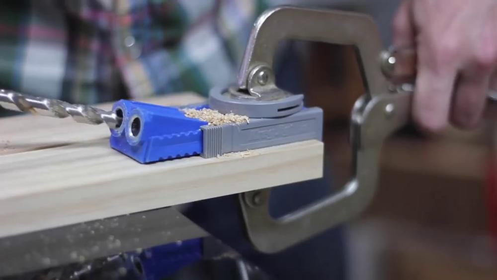 процесс изготовления потайного дверь-шкафа из фанеры шаг 3