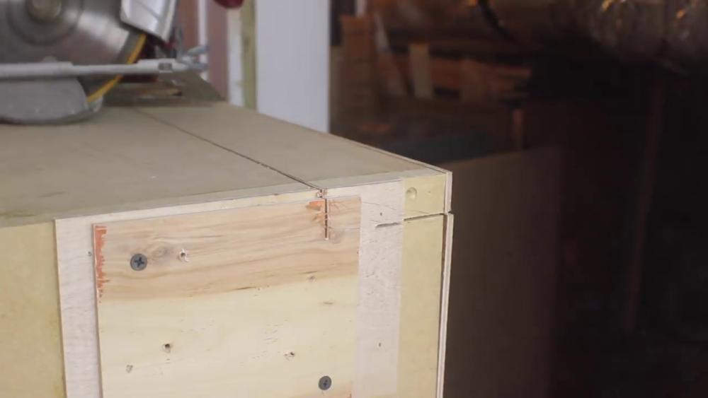процесс изготовления потайного дверь-шкафа из фанеры шаг 30процесс изготовления потайного дверь-шкафа из фанеры шаг 34