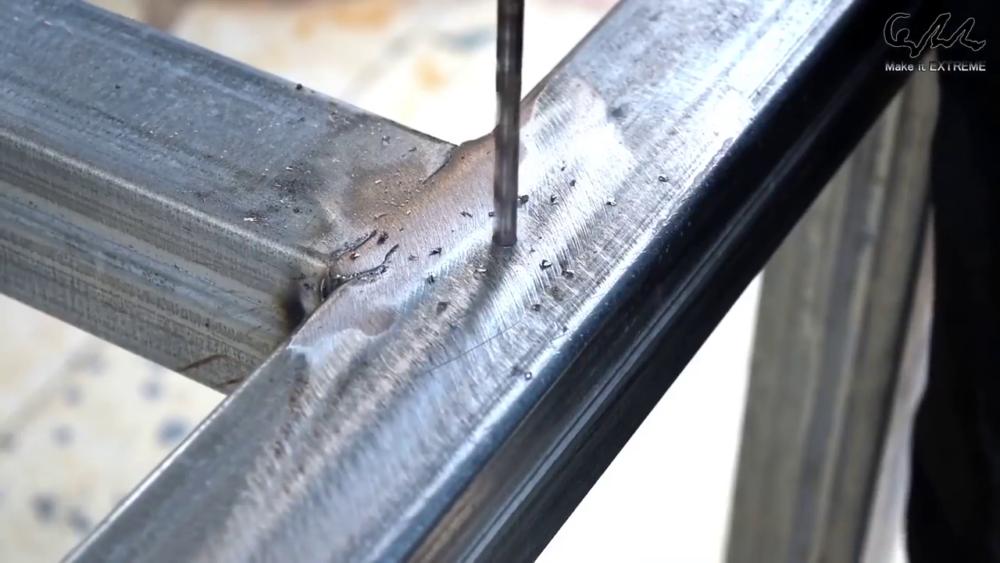 процесс изготовления стол с барбекю шаг 35