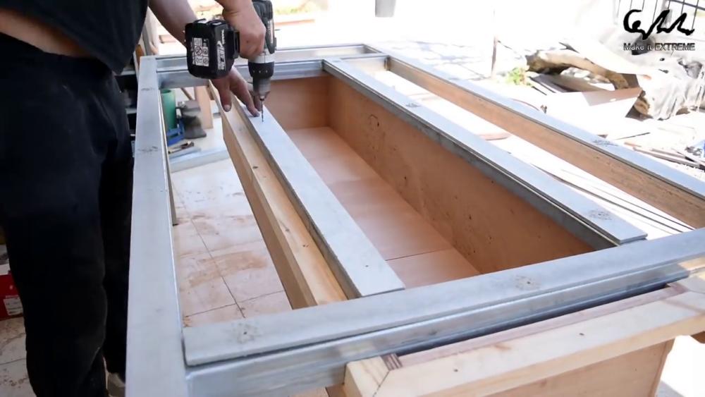 процесс изготовления стол с барбекю шаг 38