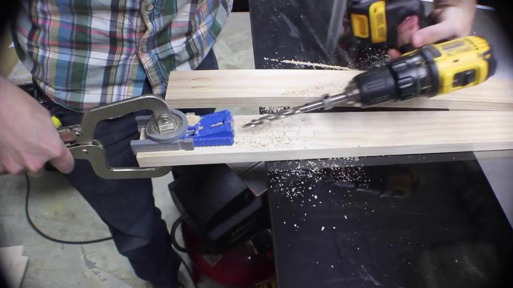 процесс изготовления потайного дверь-шкафа из фанеры шаг 4