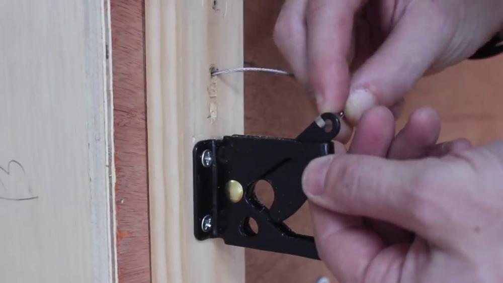 процесс изготовления потайного дверь-шкафа из фанеры шаг 30процесс изготовления потайного дверь-шкафа из фанеры шаг 49