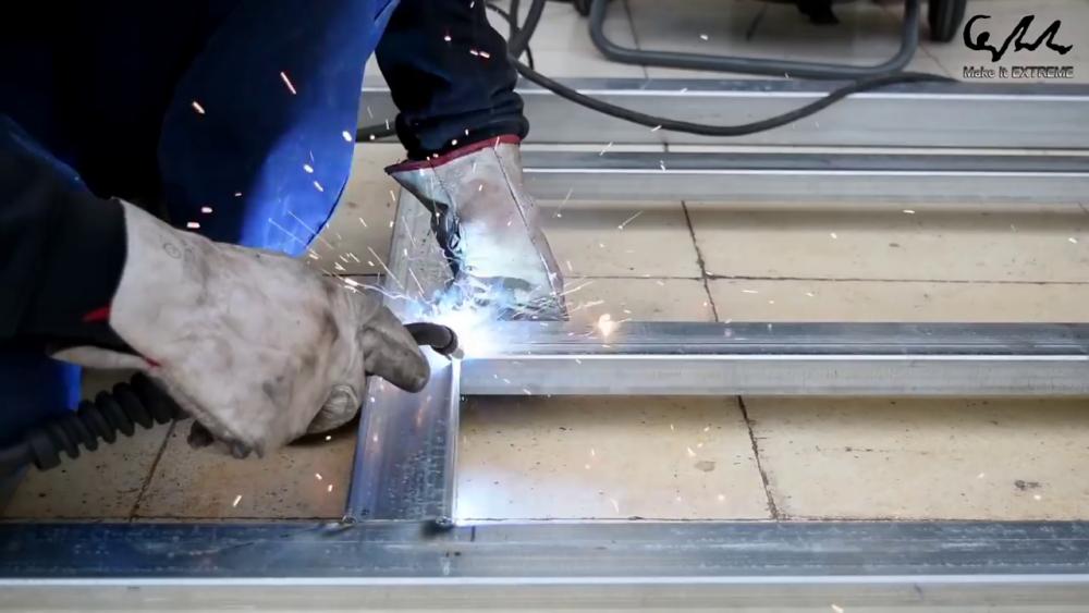 процесс изготовления стол с барбекю шаг 6