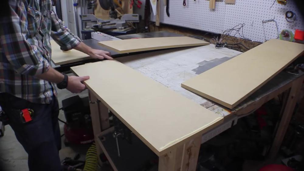 процесс изготовления потайного дверь-шкафа из фанеры шаг 8