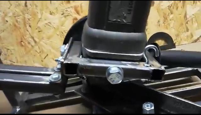 процесс изготовления самодельной стойки для болгарки шаг 34