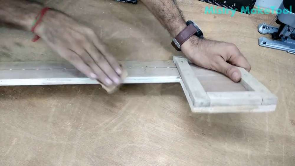 Самодельный циркуль для лобзика своими руками шаг 31