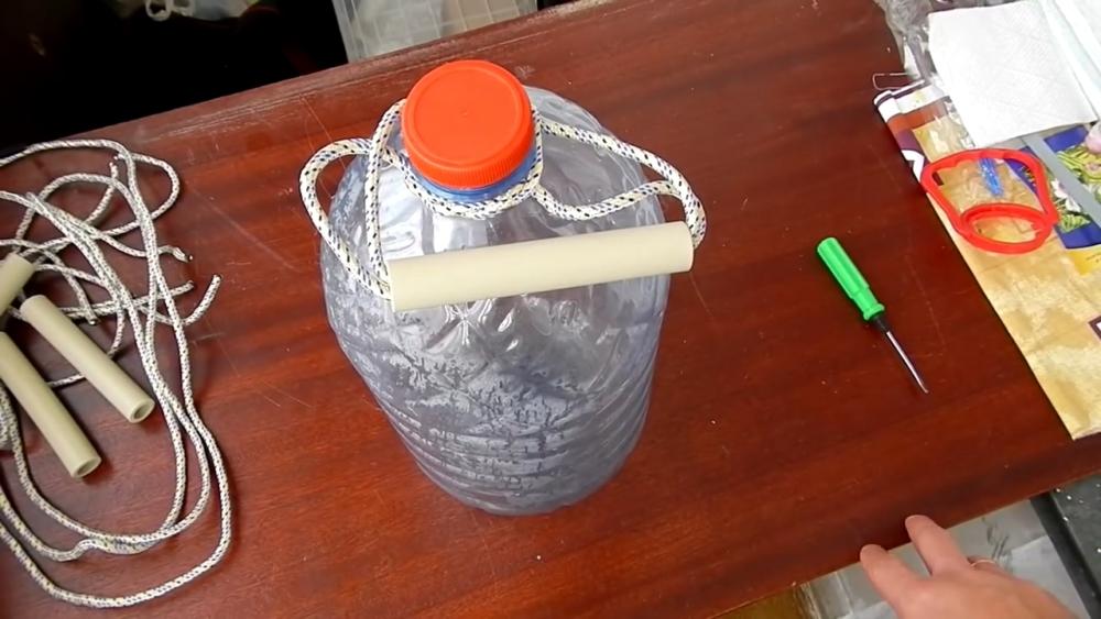 ручка для переноски воды