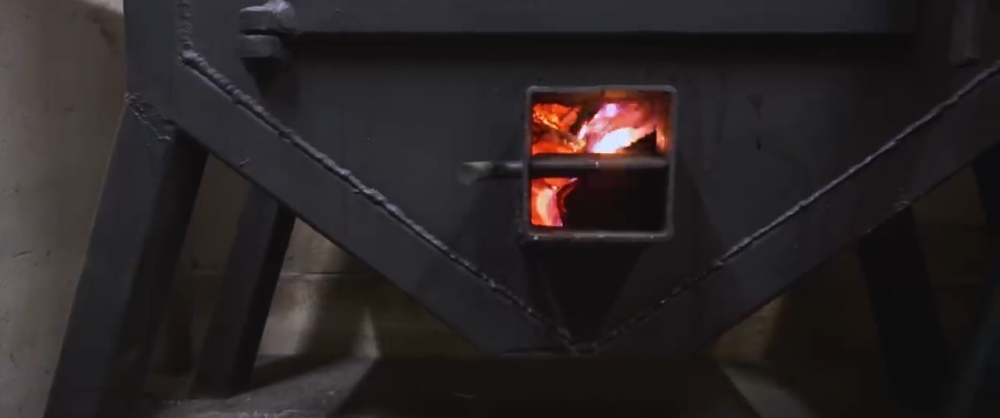 печь буржуйка для гаража