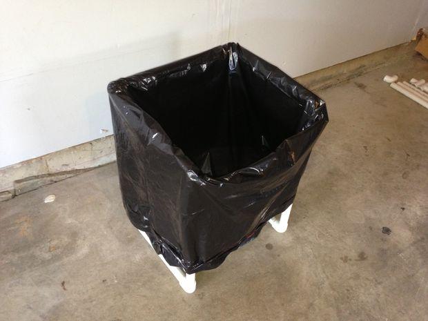стойка для мусорных пакетов